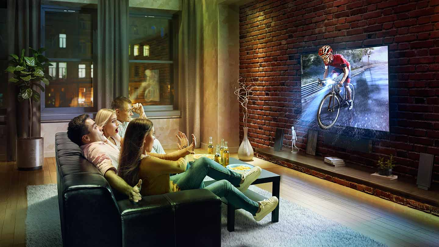 Family watching 3D Cyclist in TV